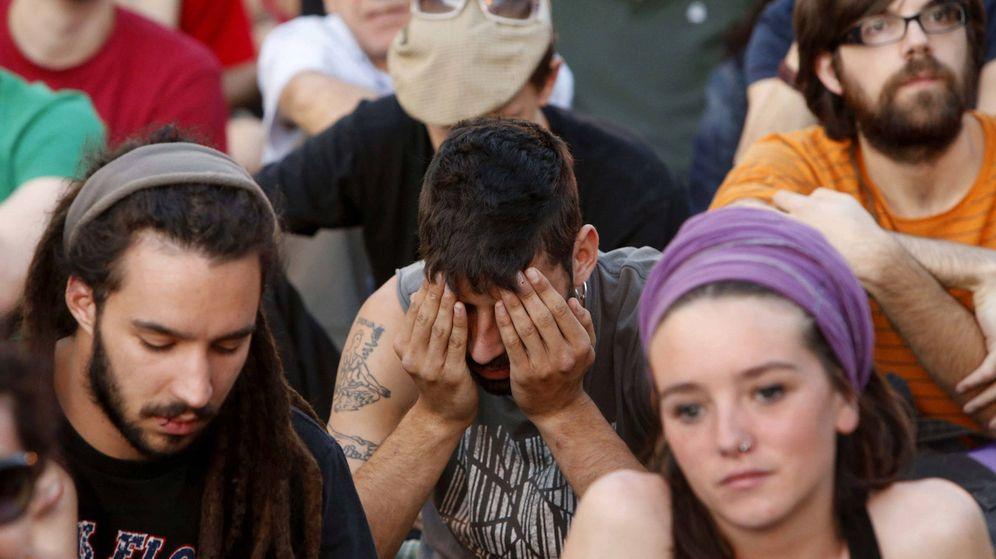 Foto: Imagen de una concentración del 15M en la Puerta del Sol de Madrid. (EFE)