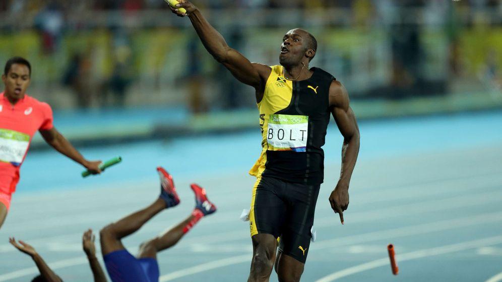 Foto: Usain Bolt, tras ganar el 4X100 (EFE)