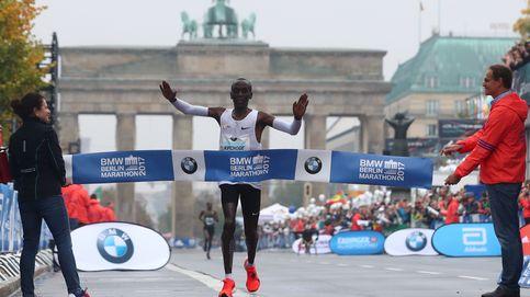 Kipchoge gana el maratón de Berlín, pero se queda a 34'' del récord del mundo