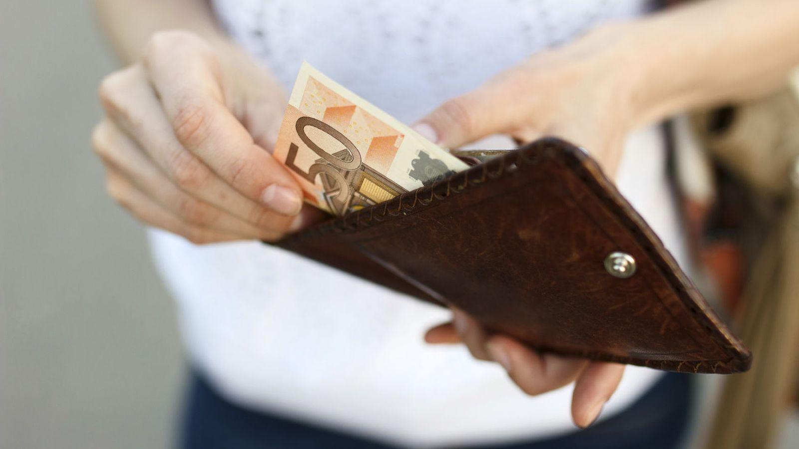 Foto: Ahorrar no es sólo un atributo de personas serias y comedidas. (iStock)