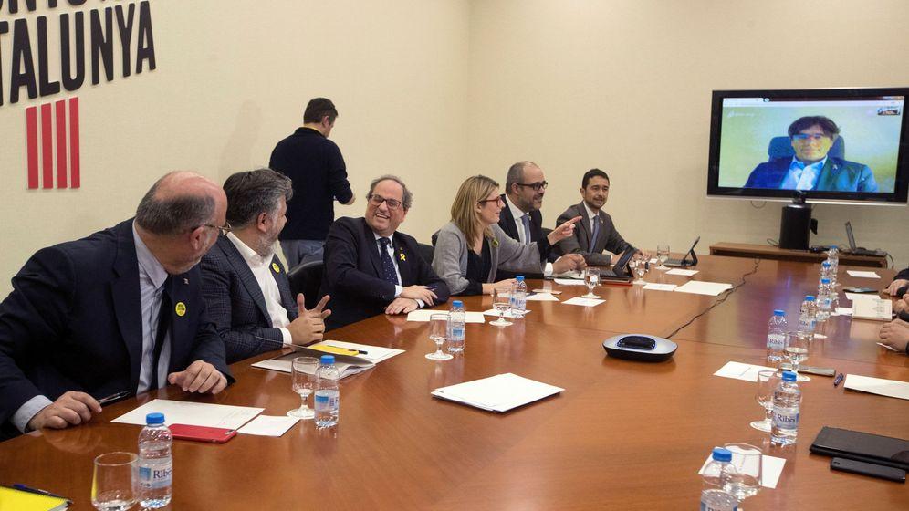 Foto: PDeCAT reunidos para decidir la enmienda a los PGE. (EFE)