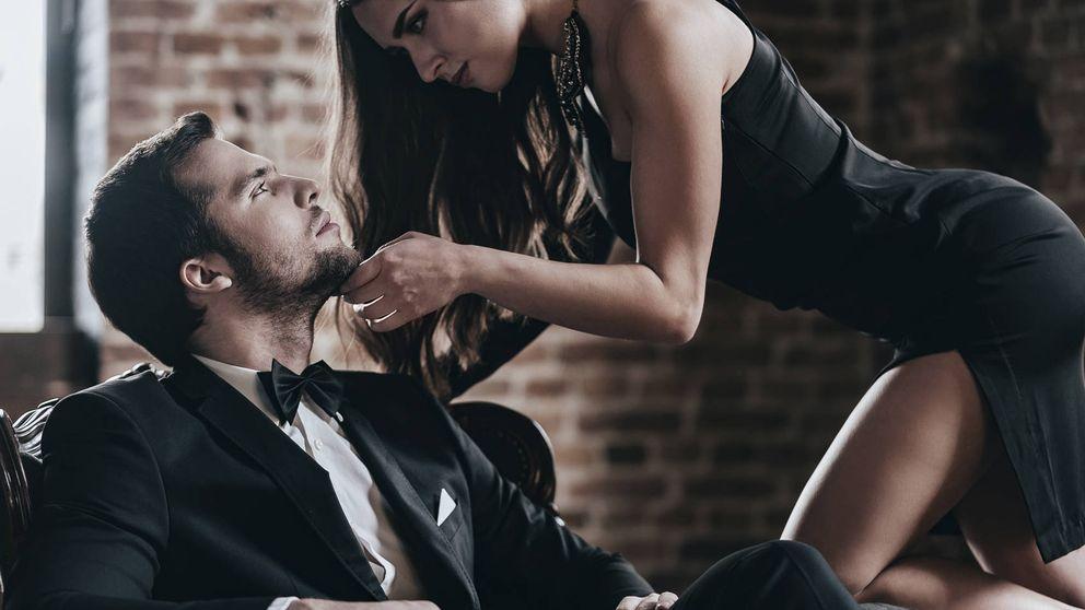 Las cinco mejores posiciones sexuales con ella encima (puntuadas)