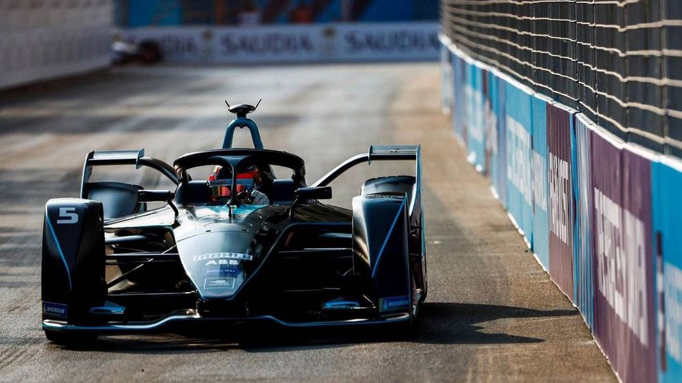 Foto: Stoffel Vandoorne, en su debut en la Fórmula E en Arabia Saudi, primera carrera de la temporada 2018/19
