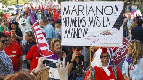 Los jubilados exigen a Rajoy que suba las pensiones... y los impuestos para pagarlas