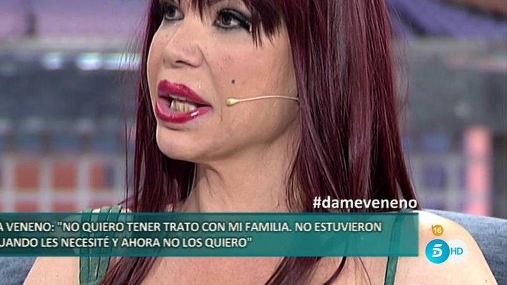 Foto: La Veneno, en 'Sábado Deluxe'. (Telecinco).