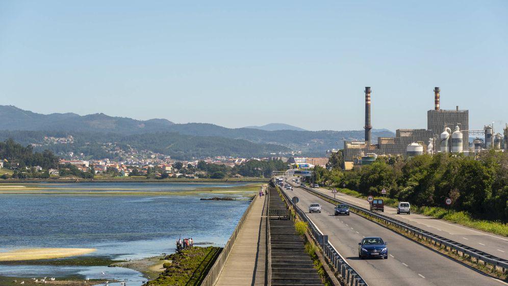 Foto: Biofábrica de Ence en Pontevedra.