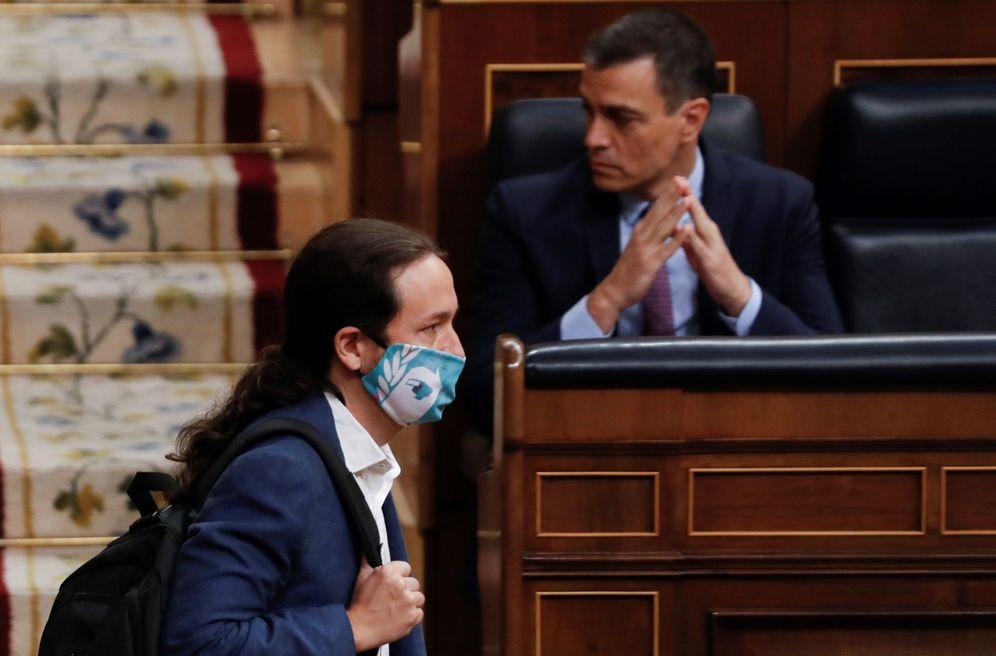 Foto: Iglesias y Sánchez, en el Congreso. (EFE)