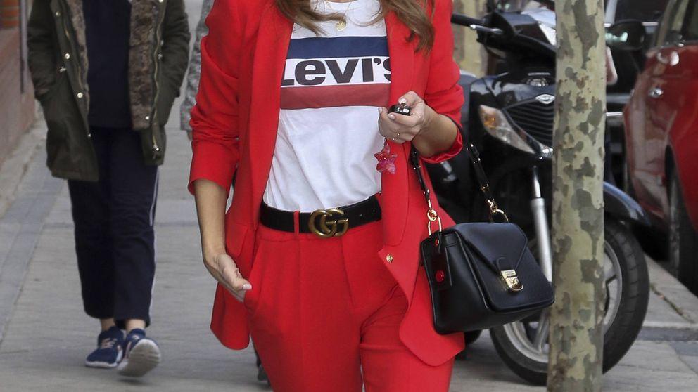 De Paula Echevarría a Mariló: cuatro formas de triunfar con el traje de chaqueta rojo