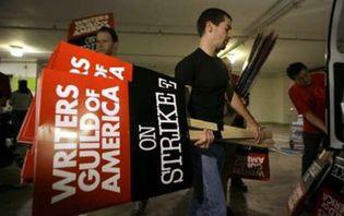 Foto: Los guionistas de Hollywood van a la huelga
