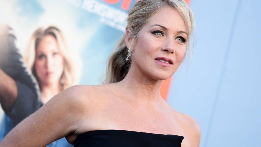 Christina Applegate sigue los pasos de Angelina Jolie: se extirpa los pechos