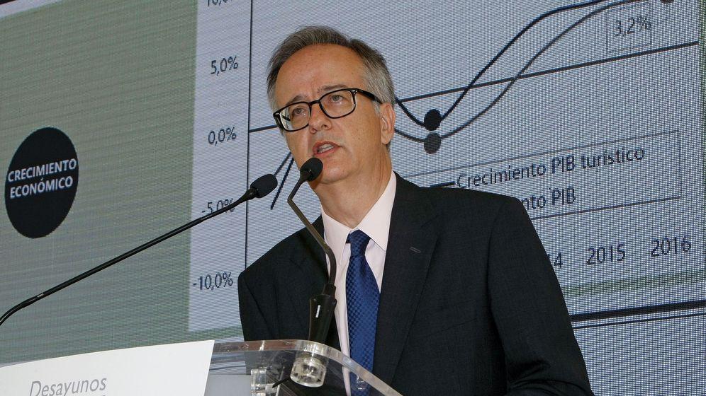 Foto: Simón Pedro Barceló, copresidente del grupo Barceló, en una ponencia en Alicante el pasado mes de julio. (EFE)