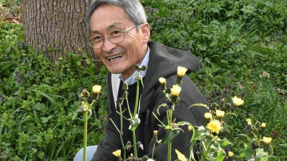 Este japonés lleva 45 años defecando al aire libre (y es por una buena causa)