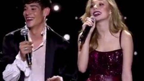 Lluvia de críticas a César Vicente, el nuevo 'chico Almodóvar', en Los40 Music Awards