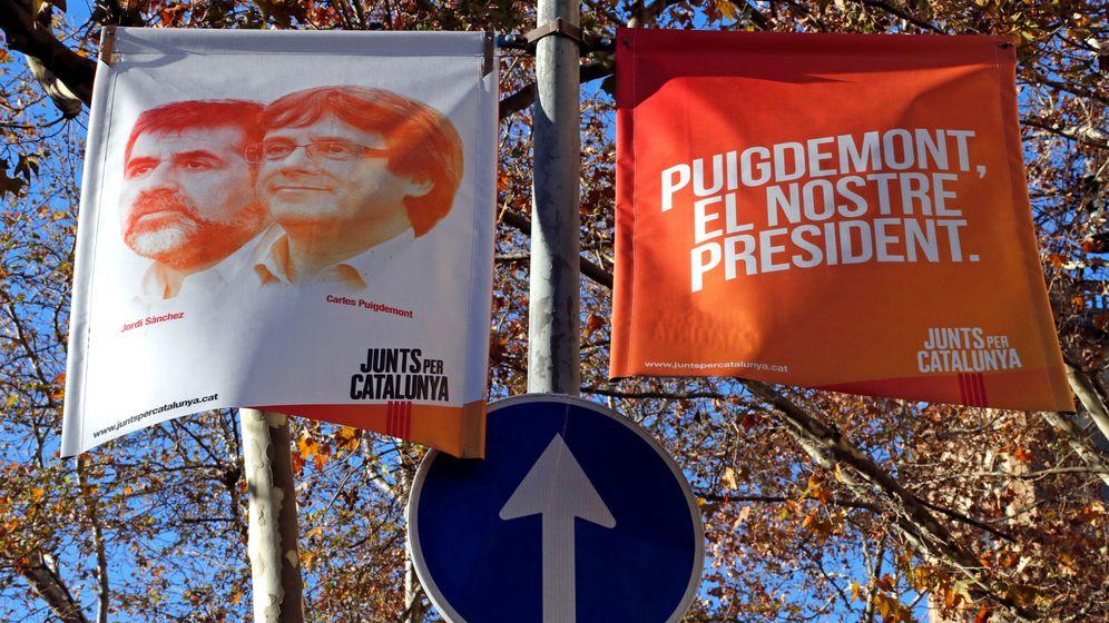 Foto: Carteles electorales de Junts per Catalunya. (Reuters)