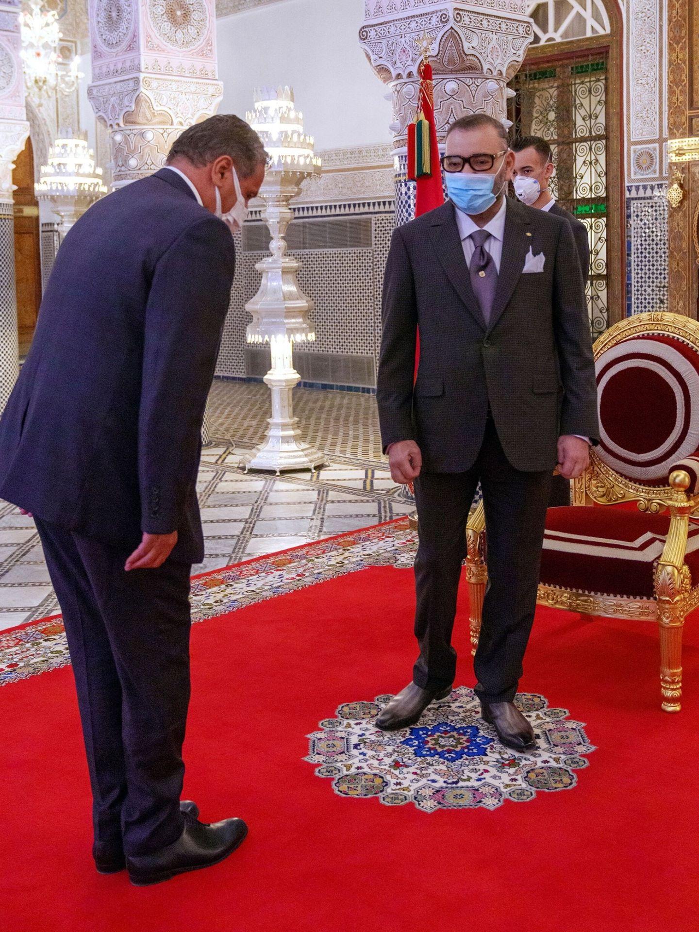 Con el rey Mohamed VI, en el Palacio Real de Fez este mes de septiembre. (EFE)