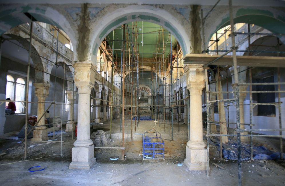 Foto: La sinagoga de Maghen Abraham, la más antigua de Beirut, durante las obras de renovación, en enero de 2010 (Reuters)