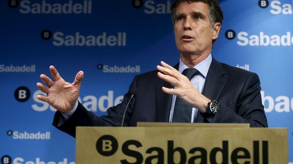 Guardiola (Banco Sabadell) no espera fusiones en 2 años por los bajos tipos