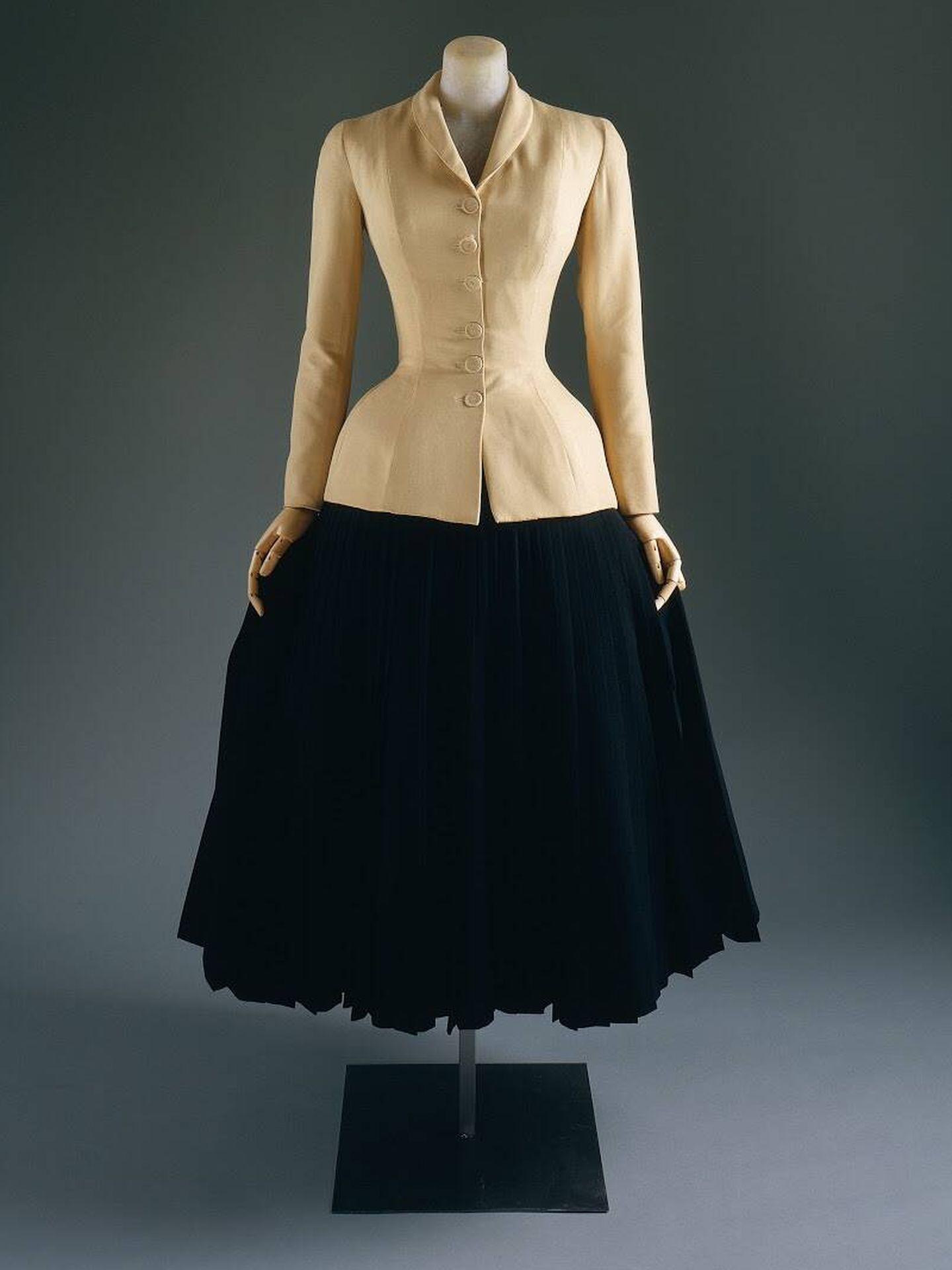 El 'new look' de Christian Dior. (Cortesía Museo Metropolitano de Arte de Nueva York)