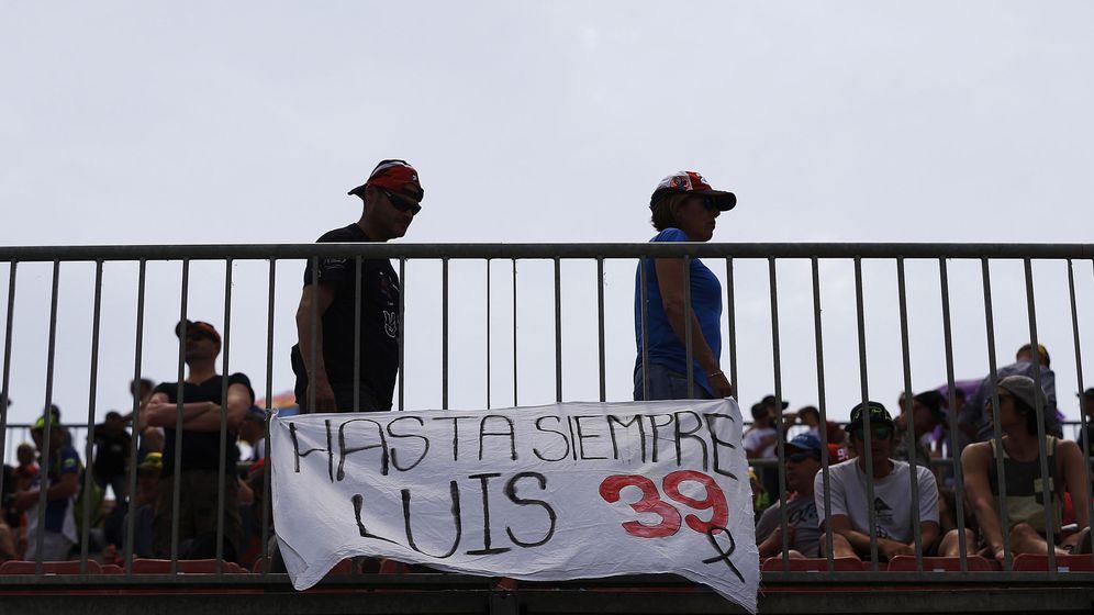Foto: Pancarta en recuerdo de Luis Salom. (EFE)