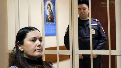 La cuidadora que decapitó a una niña en Moscú no irá a la cárcel