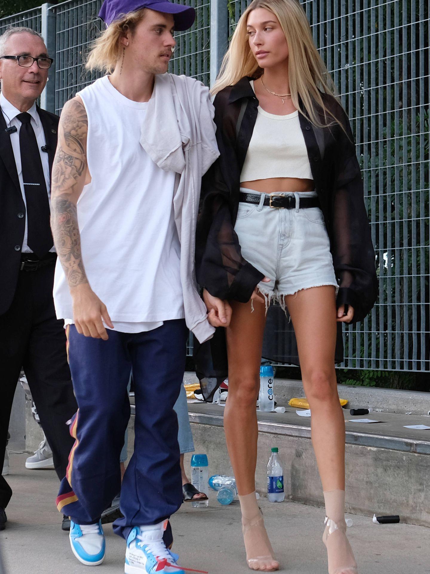 Justin Bieber y Hailey Baldwin en la Semana de la Moda de Nueva York. (Getty)