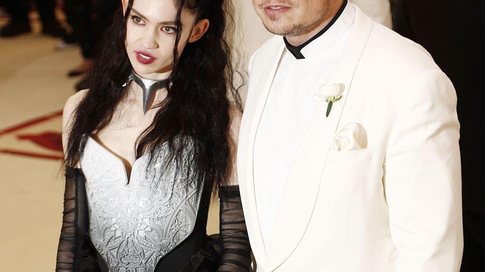 Amber Heard y Grimes: cruce de novias de Elon Musk en la alfombra roja de la gala MET