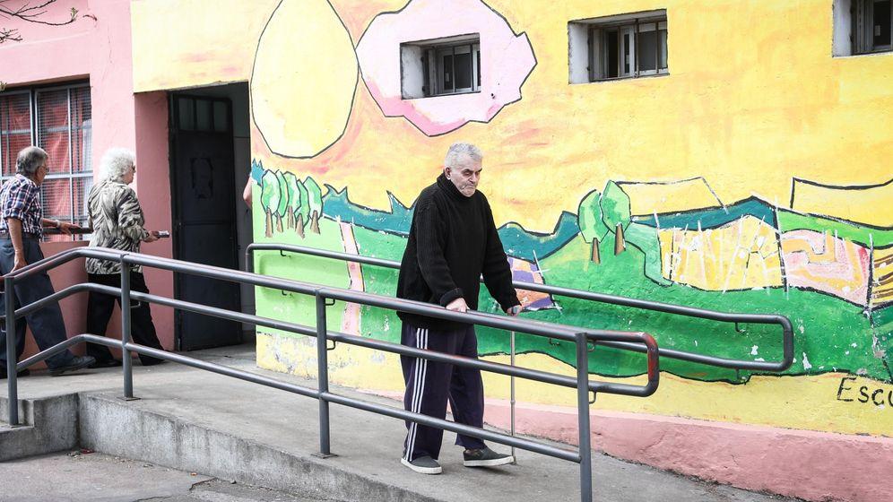 Foto: Un enfermo de ELA en Uruguay. Foto: EFE Raúl Martínez