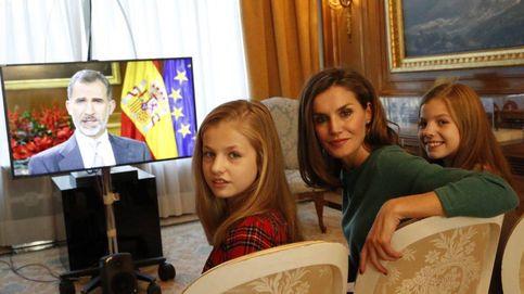 Felipe VI se reúne hoy con el jefazo de Netflix: las series favoritas de los Reyes y sus hijas