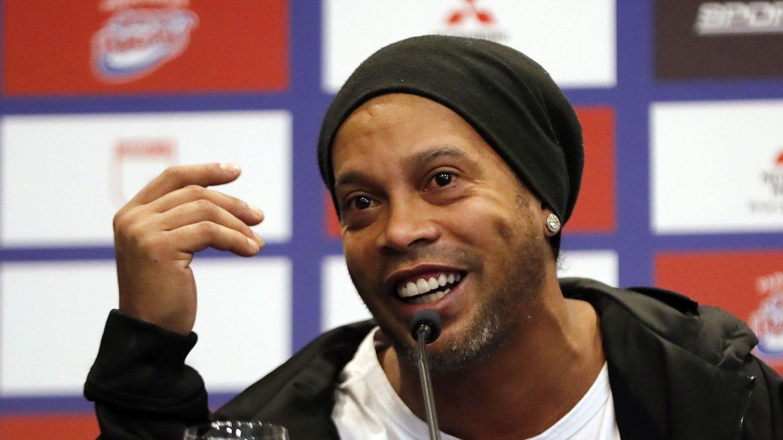 Ronaldinho, detenido al entrar en Paraguay con un pasaporte supuestamente falso