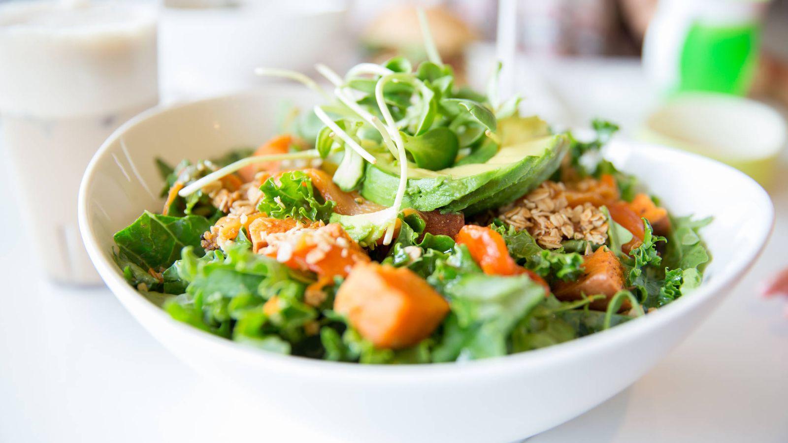 Foto: Una ensalada de diez. (iStock)
