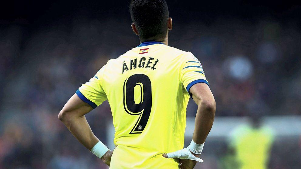 Se avecina pañolada: el día que el Camp Nou pitó el estilo Setién y Ángel no celebró su gol