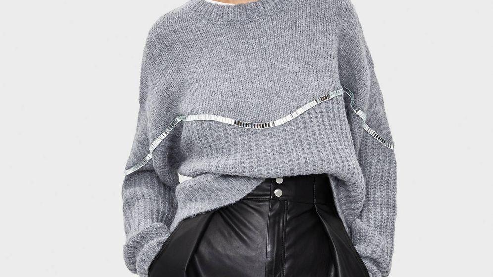 Foto: El jersey de tus sueños es de color gris y de mangas holgadas. (Cortesía)