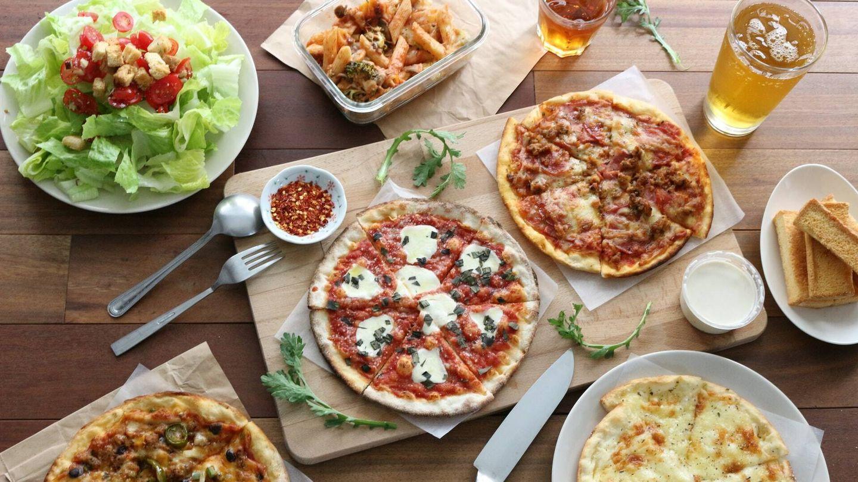 El experto recomienda comer una cena ligera y saludable (Unsplash)