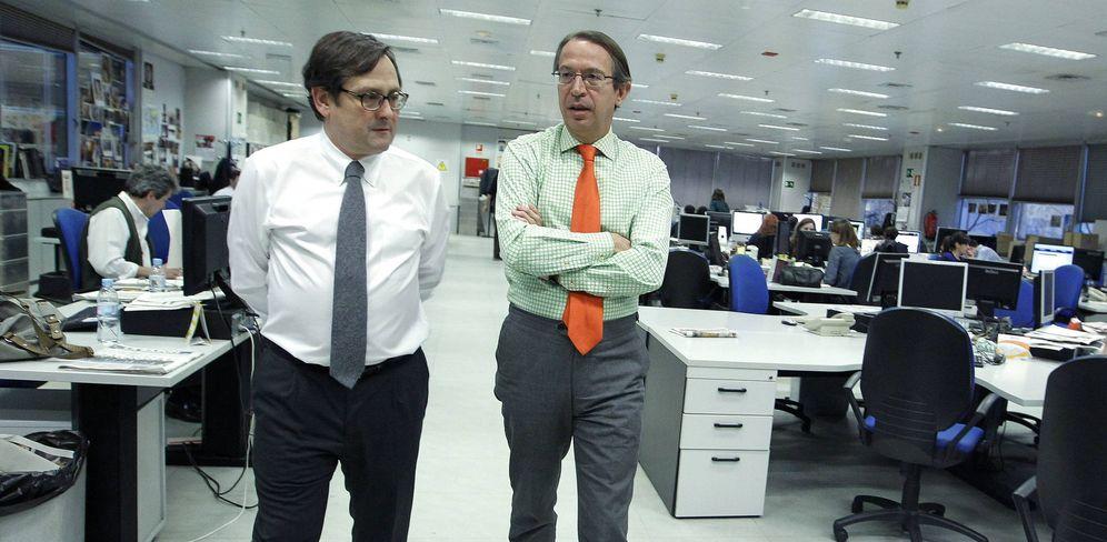 Foto: Francisco Marhuenda y José Antonio Vera, exdirector de 'La Razón'. (EFE)