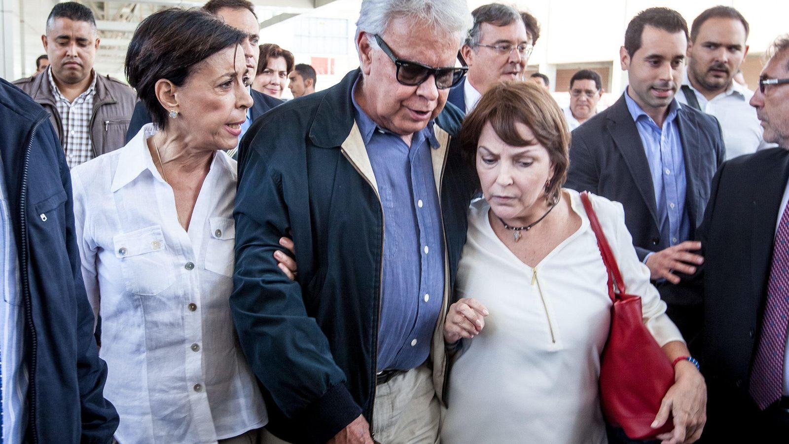 Foto: Felipe González a su llegada a Caracas (Efe).
