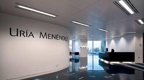 Uría Menéndez ficha como socio a Miguel Martínez Gimeno, exdirector jurídico de la CNMV