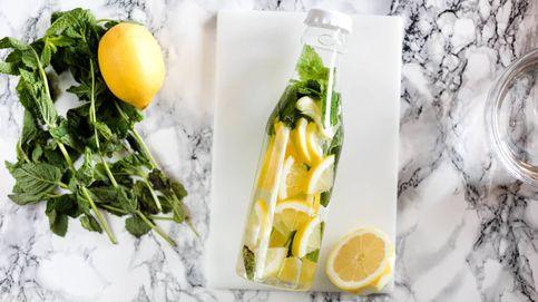 Vídeo-truco: cómo hacer un refrescante agua de sabores