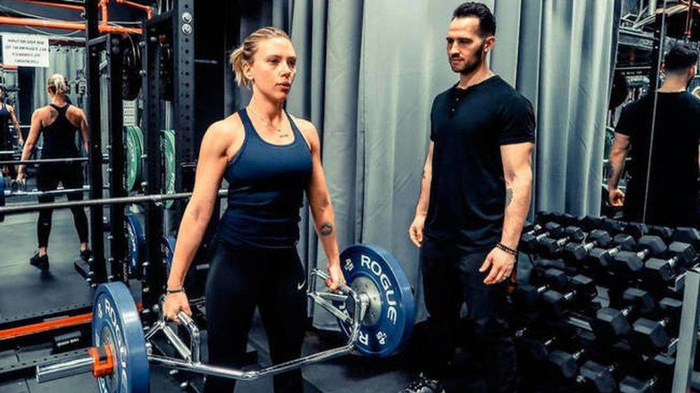 Foto: La actriz realiza ejercicio junto a su entrenador (Instagram)