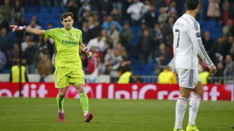 Casillas ejerció de capitán y también obligó a Cristiano a aplaudir al público que le pitó