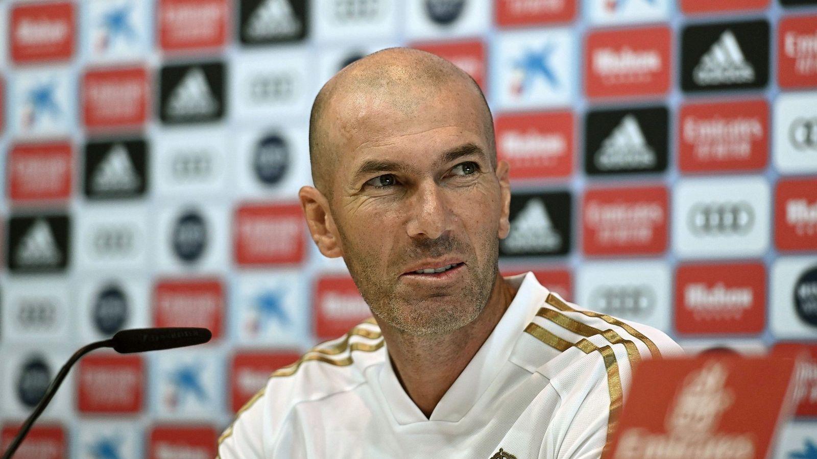Foto: Zinédine Zidane, durante la conferencia de prensa antes del partido contra el Villarreal. (EFE)