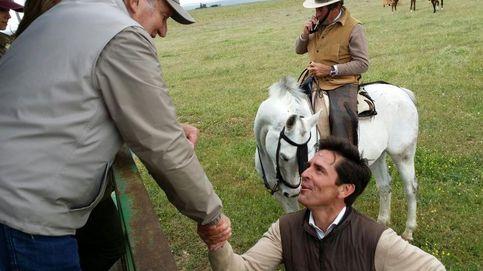 El fin de semana más taurino de Don Juan Carlos y la infanta Elena