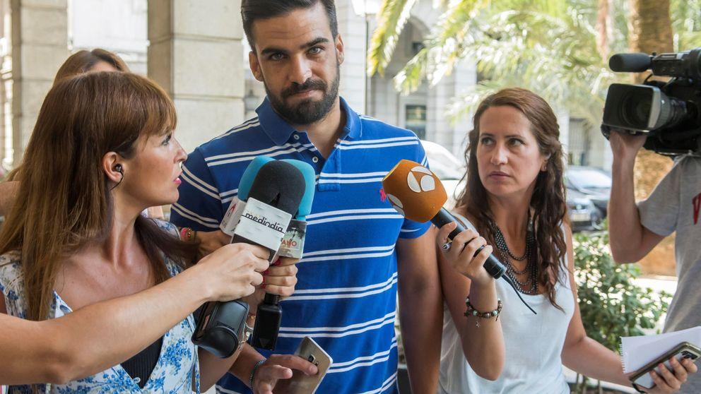 El abogado del guardia civil de La Manada recurrirá: deben seguir libres