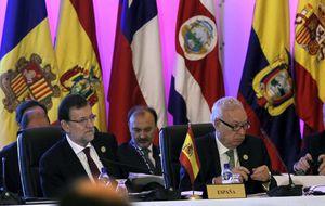 Rajoy ratifica en Panamá su apoyo a Cospedal tras el 'careo' con Bárcenas