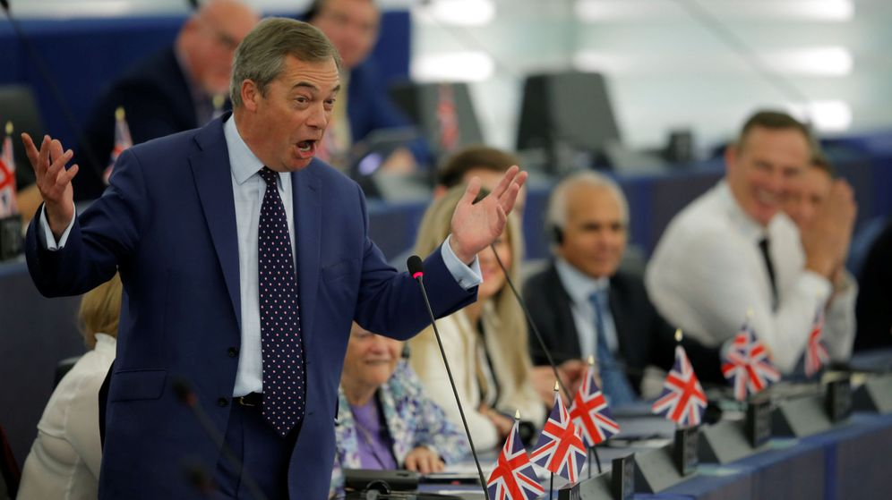 Foto: El líder del Brexit Party, Nigel Farage, en el Parlamento Europeo en Estrasburgo. (Reuters)