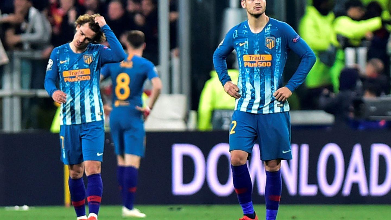 Griezmann y Morata, con caras de circunstancia tras la derrota. (EFE)