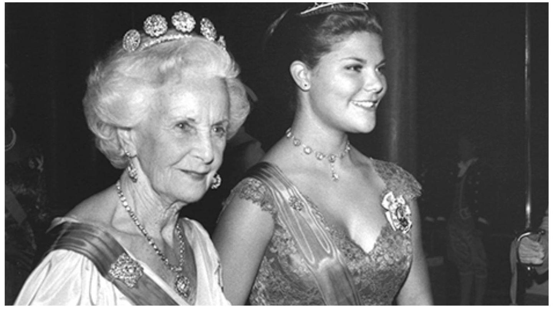 La princesa Lilian May Davies, junto a la princesa Victoria. (Casa Real de Suecia / Jan Collsiöö, Scanpix)