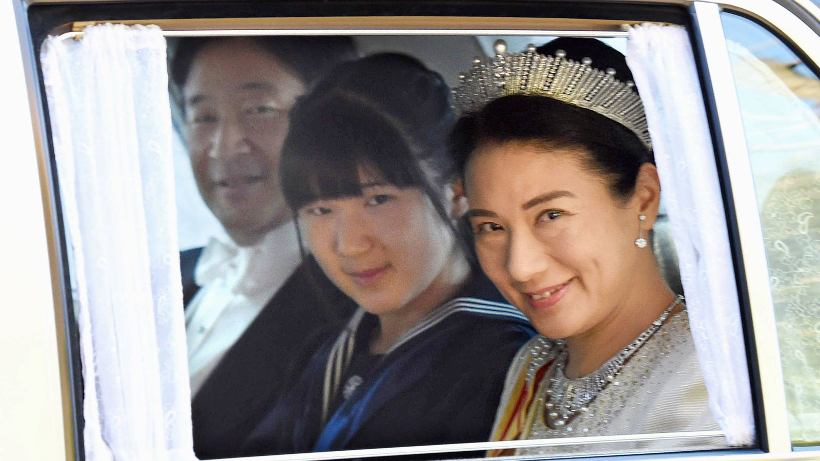 Foto: Aiko junto a sus padres, los príncipes Naruhito y Masako (Gtres)