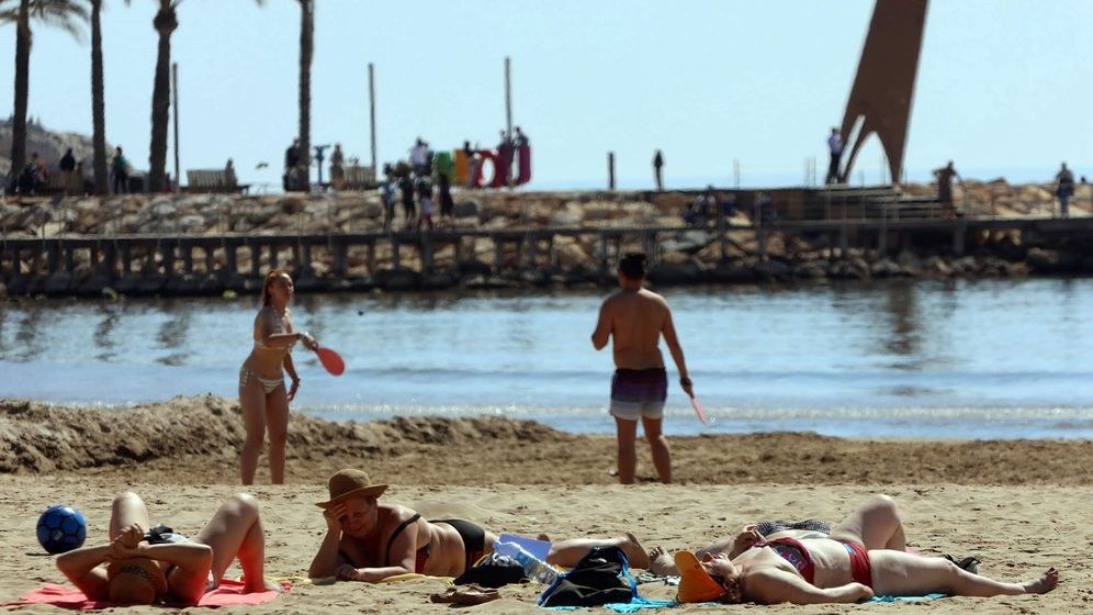 Foto: Playa de Salou (Tarragona), destino de la Costa Dorada. (EFE)