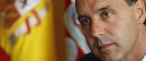 El presidente de Cantabria pide la dimisión de la directiva del Racing de Santander