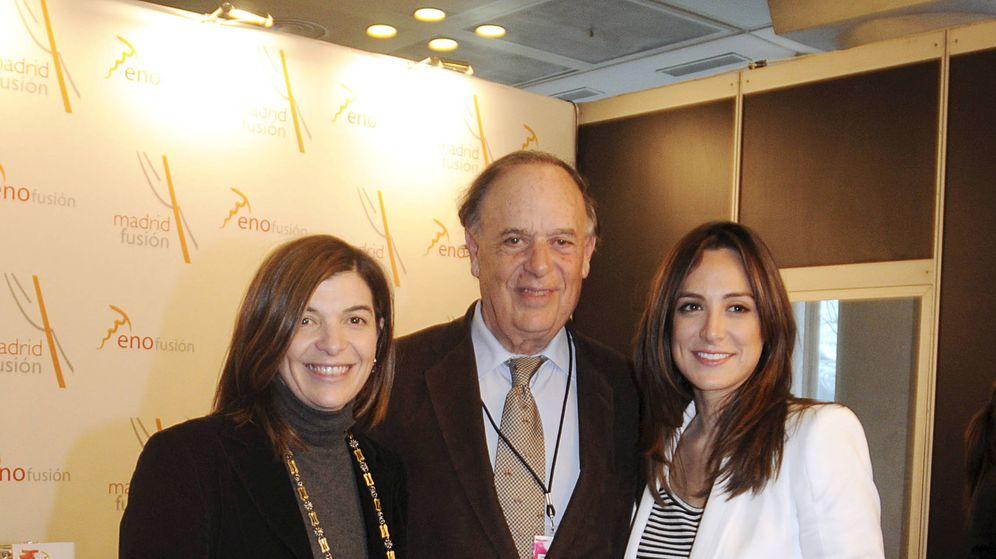Foto: Carlos Falcó con sus hijas Tamara y Sandra. (Gtres)